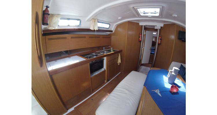 boat-kitchen