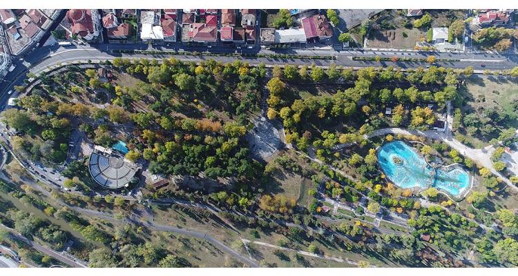 Πάρκο-Αλκαζάρ-Λάρισα
