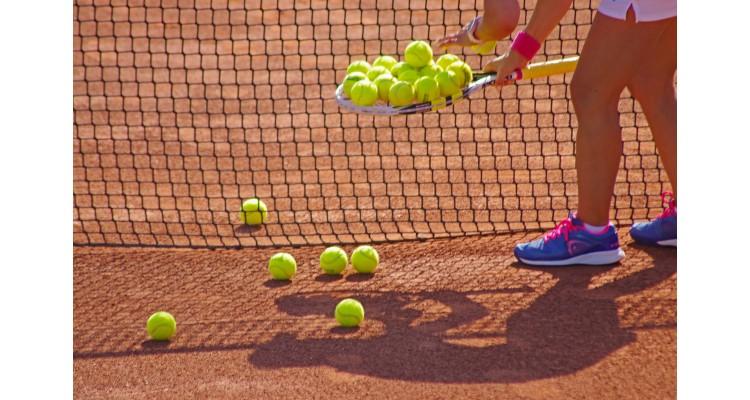 Asteras-tennis balls