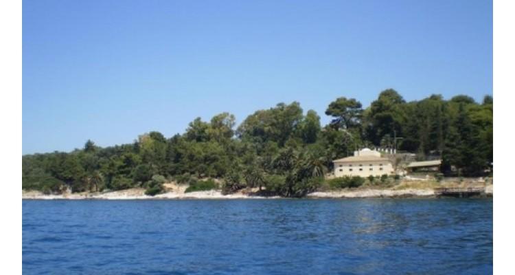 island Vido in Corfu