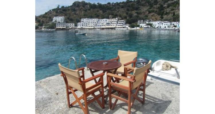 Loutro-Crete-cafe
