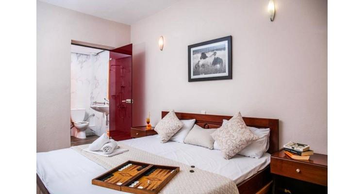 Ξενοδοχείο-Ποτός-δωμάτια