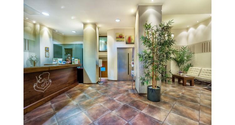 Egnatia-hotel-reception