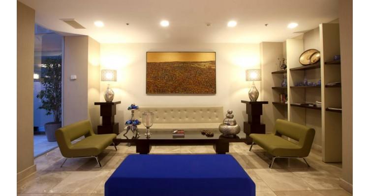 Ramada lobby