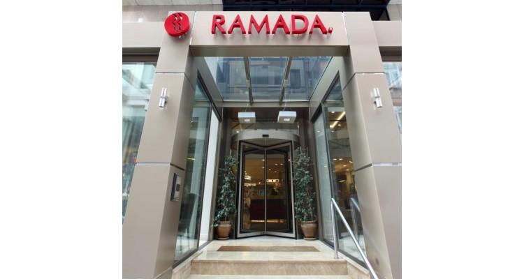Ramada hotel entrance