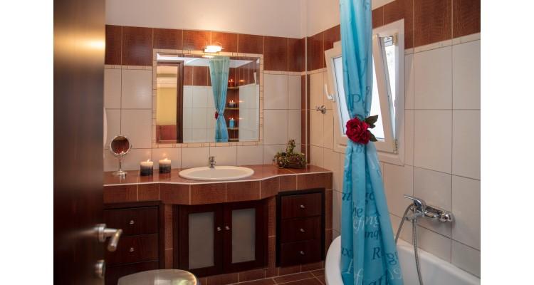 Δεύτερο Μπάνιο