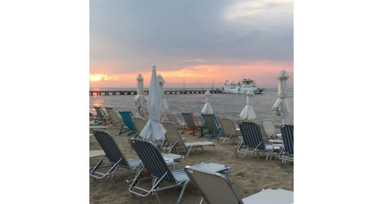 Anemos-restaurant-Agia Triada-beach