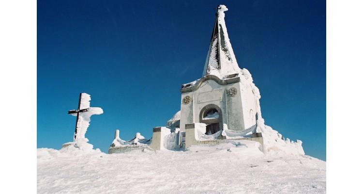 Profit Ilias chapel-Voras