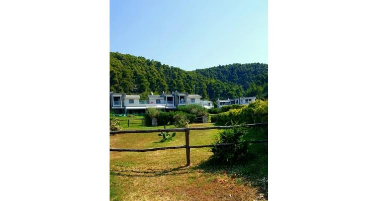 Azapiko resort
