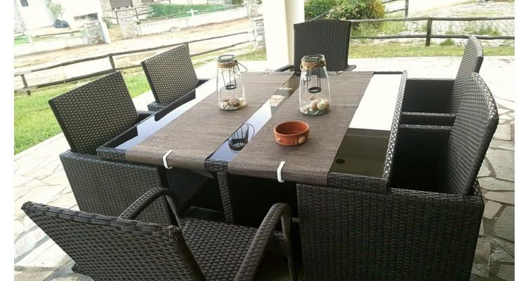 Azapiko-outdoor