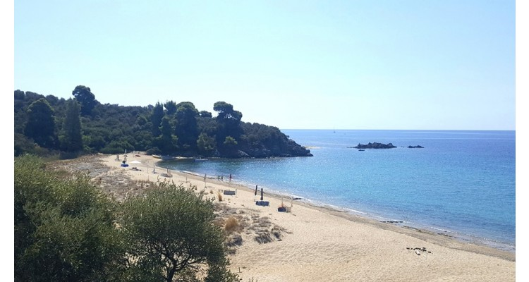 Azapiko-Sithonia-beach