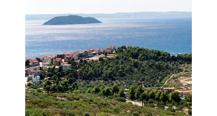 Parthenonas-village-Halkidiki