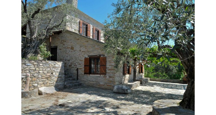 stone house-Pelion