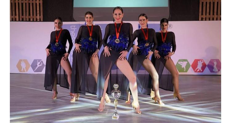 ModartS-dancers