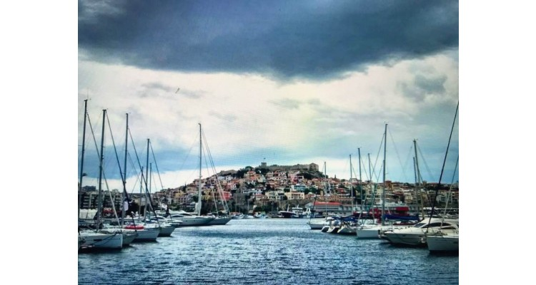 Kavala limanı