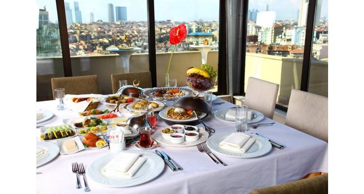 Ramada Hotel-ταράτσα