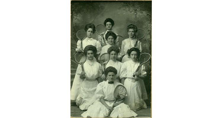 Παλιά Μόδα Τένις