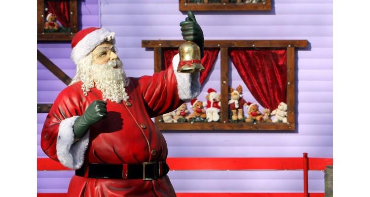Oneiroupoli-Santa Claus