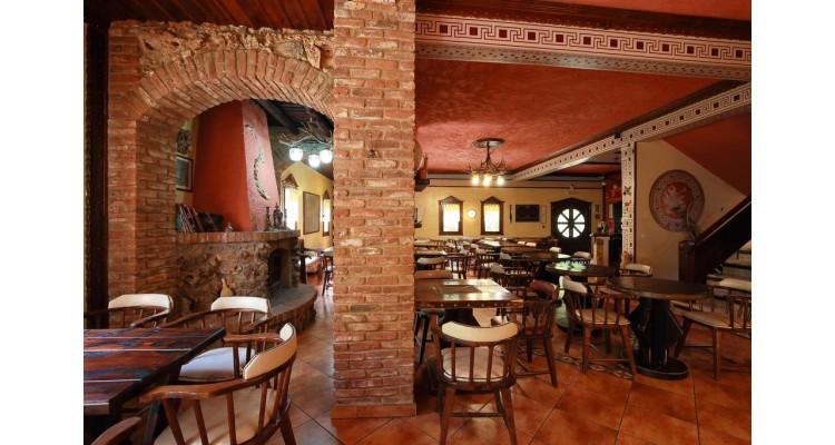 Hotel Nemesis-dining room