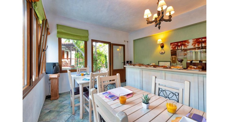 Villa Ble-dining room