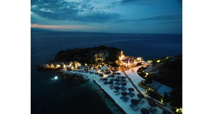 Karnagio Beach Bar-Taşöz
