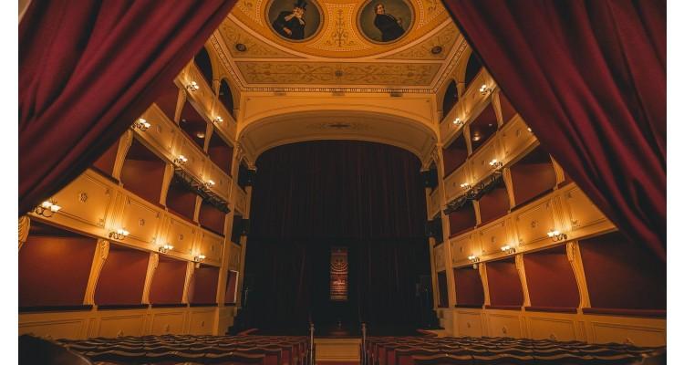 Syros-island-Apollo theatre