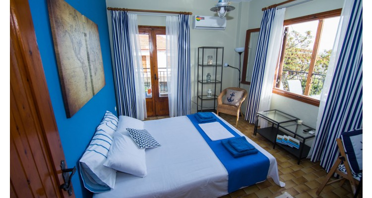 Mantsiou-bedroom