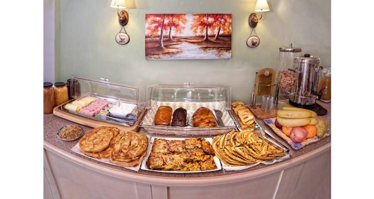 Villa Ble-breakfast-buffet