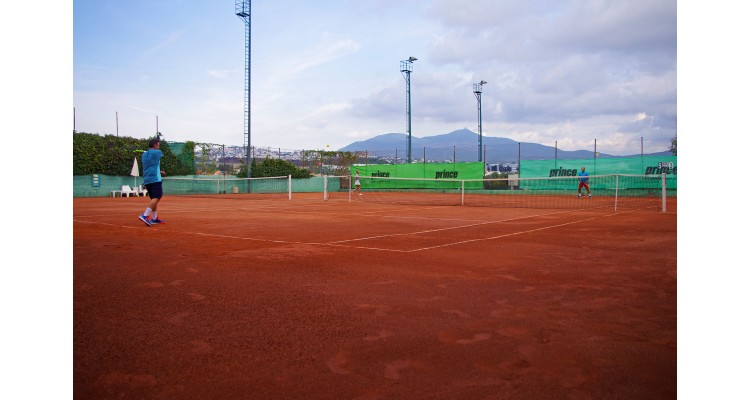 Asteras-red clay courts