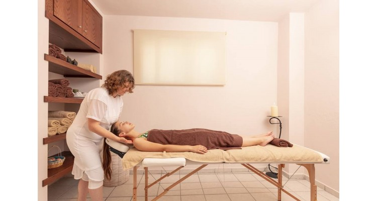 Hotel Philoxenia Inn-massage