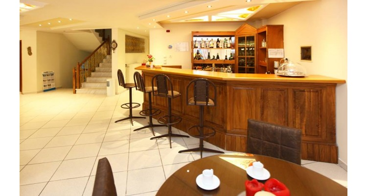 Hotel Philoxenia Inn-bar